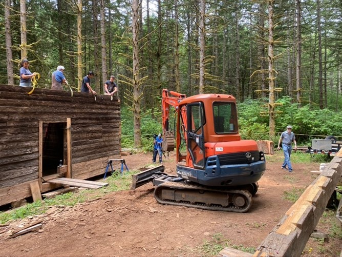 Historic Molalla Log House finds new Home at Hopkins Demonstration Forest